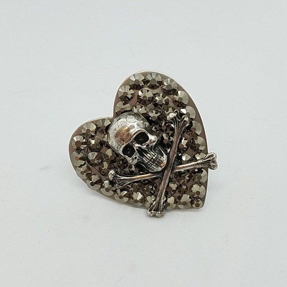 GASOLINE GLAMOUR Jewelry - Rhinestone skull bones heart ring sample